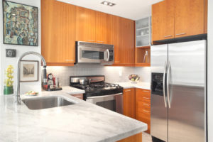 Дизайн маленькой кухни: нюансы и особенности