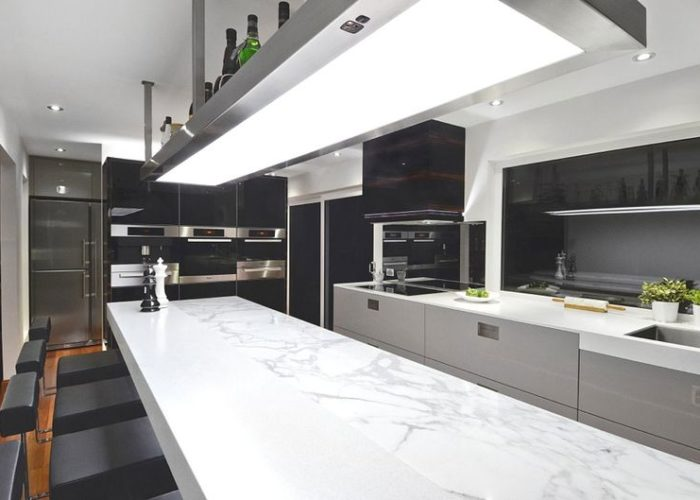 Барная стойка для кухни в стиле минимализм