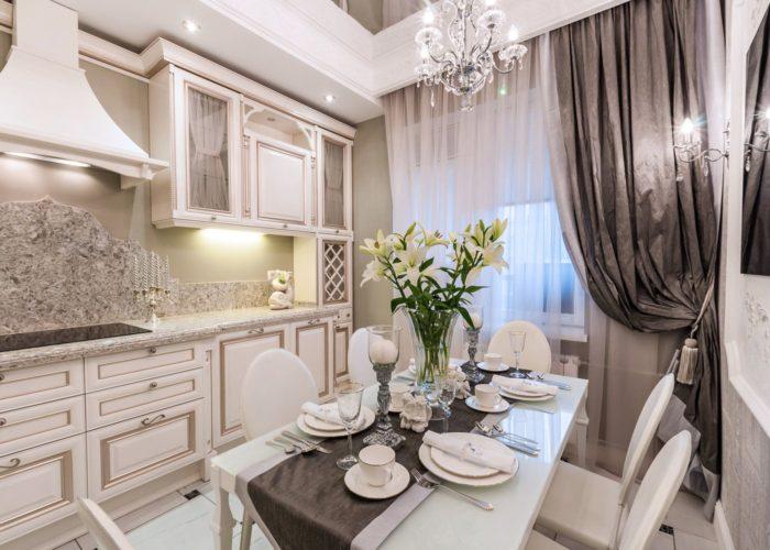 Шторы на кухню в классическом стиле