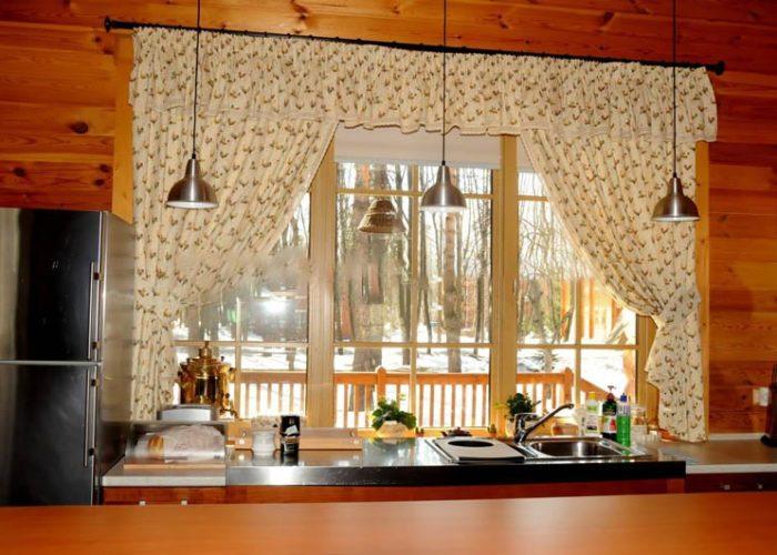 Шторы на кухню в стиле кантри